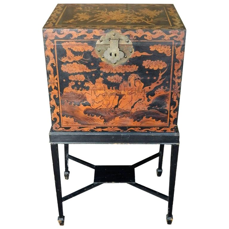 English Chinoiserie Box on a Later Stand, 19th Century