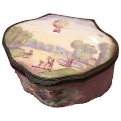 "French ""Ballooning"" Theme Enamel Snuff Box"