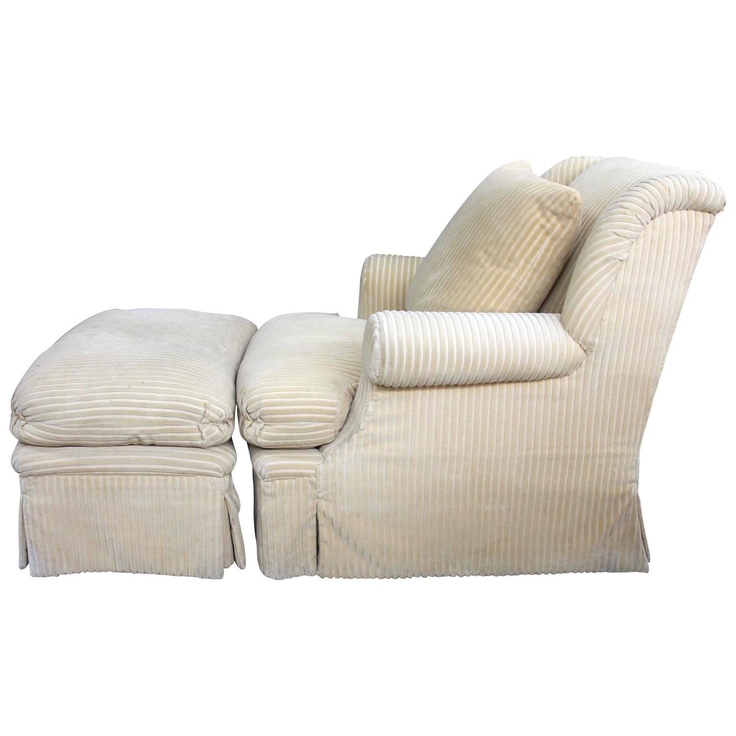 Comfortable Chairs With Ottomans Large And Comfortable