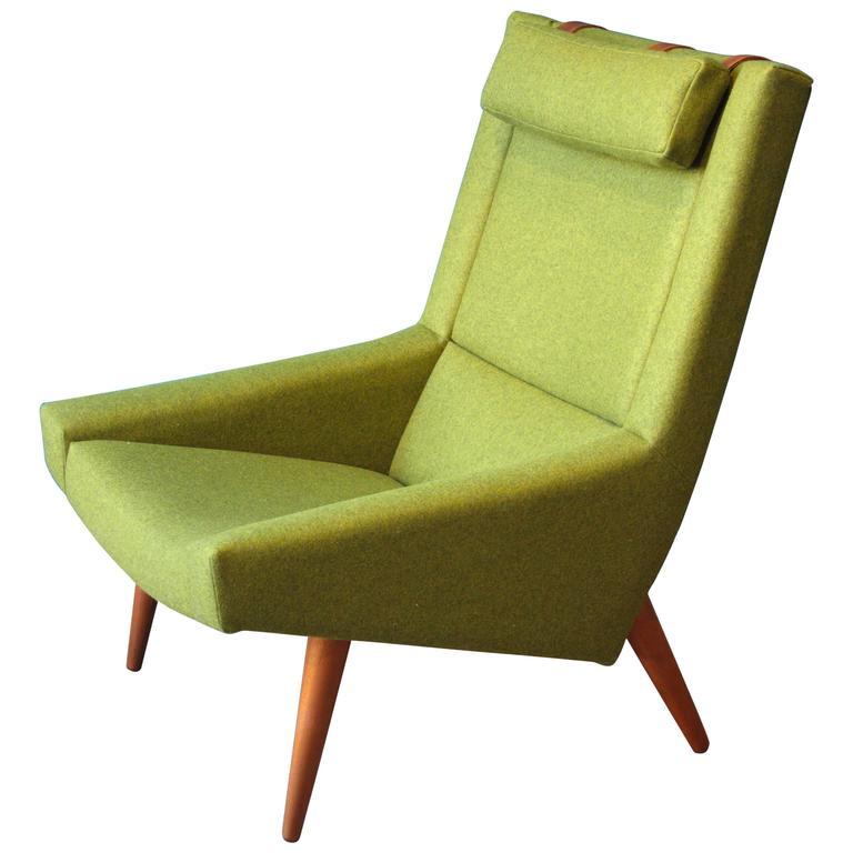 High Back Lounge Chair by Illum Wikkelsø for Soren Willadsen, 1960s For Sale