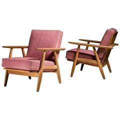 Pair of Hans Wegner GE-240 Chair in Oak, Denmark, 1950s