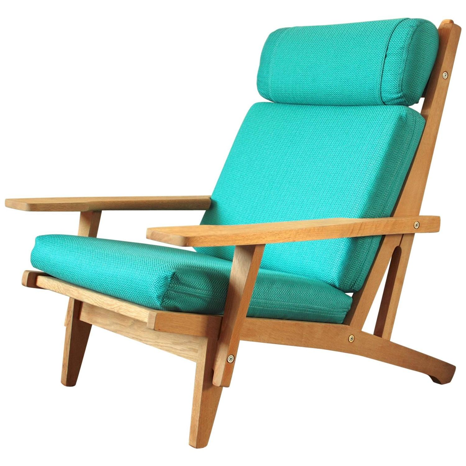 GE 375 Easy Chair by Hans J Wegner for GETAMA For Sale at 1stdibs