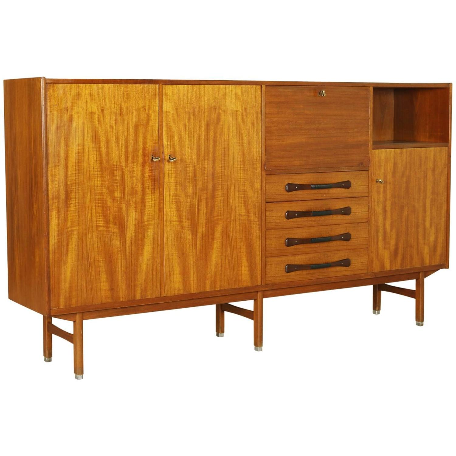 vintage teak highboard manufactured in italy 1960s at 1stdibs. Black Bedroom Furniture Sets. Home Design Ideas