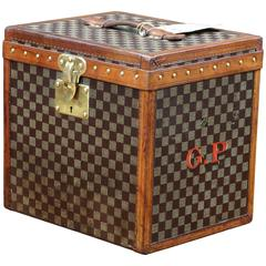 1900s Louis Vuitton Damier Canvas Hat Trunk