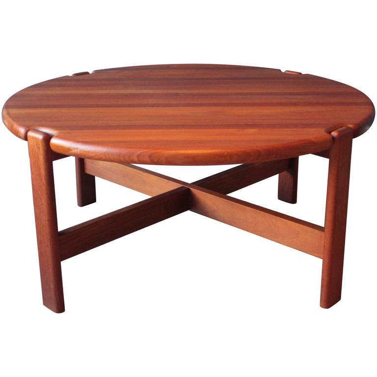 Scandinavian Round Coffee Table In Solid Teak 1970s For Sale At 1stdibs