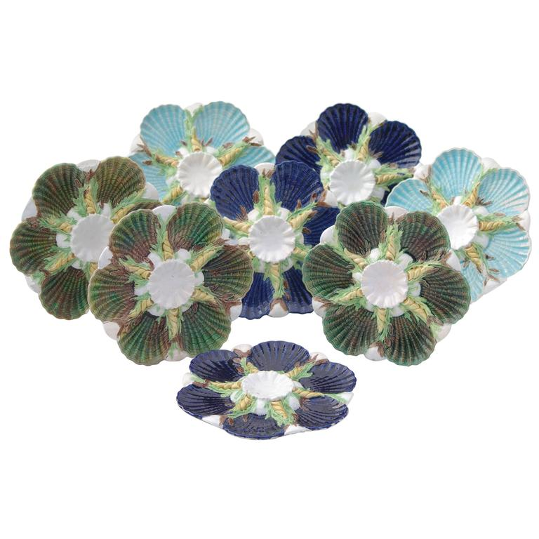 George Jones, Set of Eight Oyster Plates, circa 1870-1880