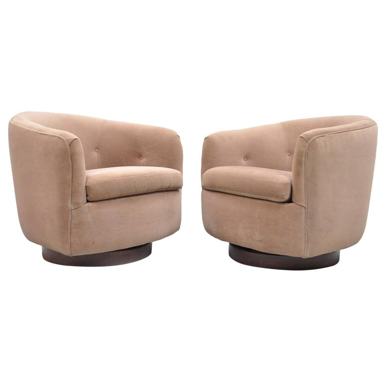 Pair of Milo Baughman Thayer Coggin Swivel Walnut Base Barrel Back Club Chairs For Sale