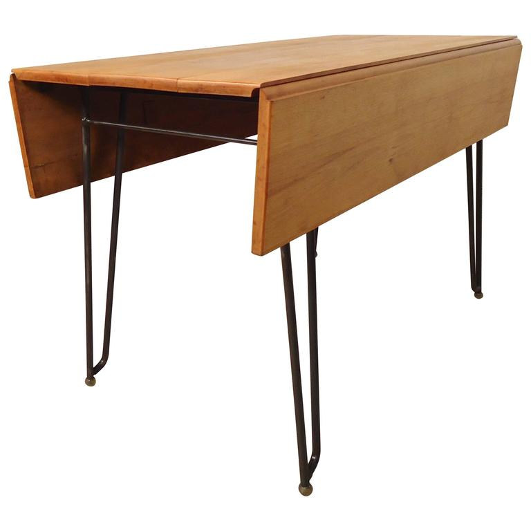 Vintage drop leaf dining table for sale at 1stdibs for Antique drop leaf dining table