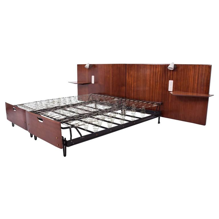 Mid-Century Modern Italian Bed Attributed to Borsani