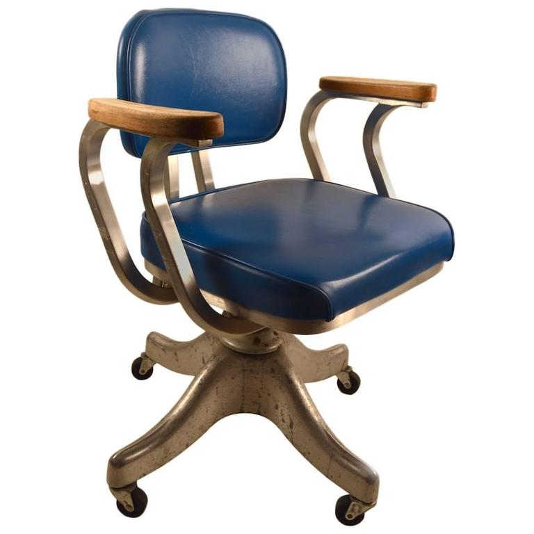 Aluminum Frame Adjustable Desk Chair By Shaw Walker At 1stdibs