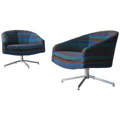 Pair of Wide Swivel Chairs by Milo Baughman