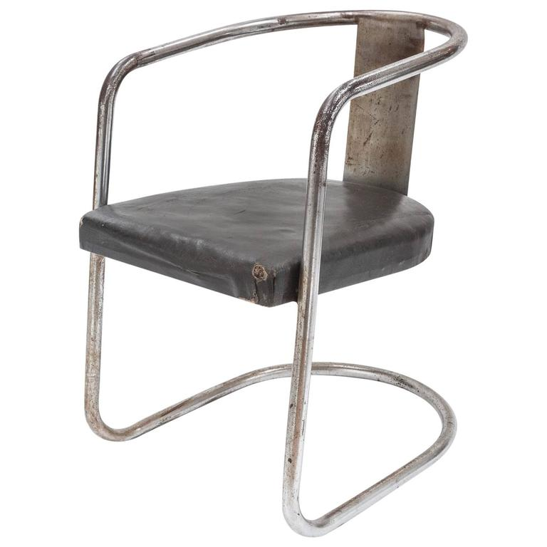 Modernist Chromed Steel Tubular Chair from the Art Deco Period 1