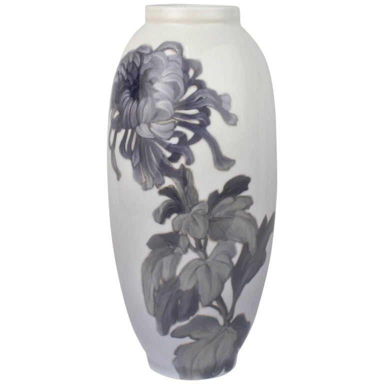 Early 20th Century Royal Copenhagen Porcelain Vase with a Large Chrysanthemum For Sale