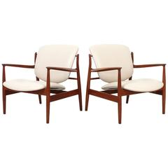 Pair of Lounge Chairs by Finn Juhl