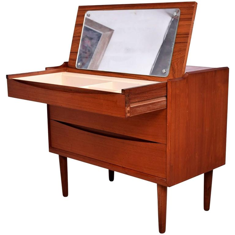 Arne Vodder Secretary Vanity Desk Dresser For Sibast For