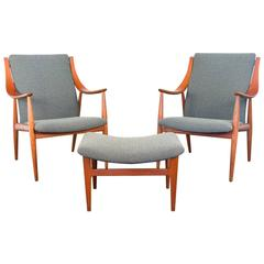 Peter Hvidt FD148 Easy Chairs and Ottoman Set