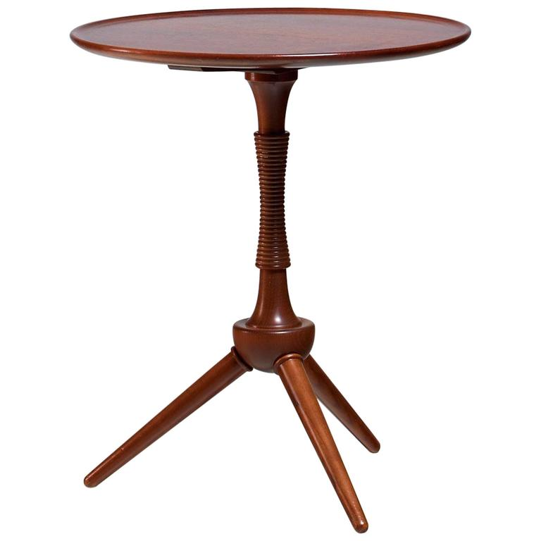 Beau Frits Henningsen Round Mahogany Side Table, Denmark, 1940s For Sale