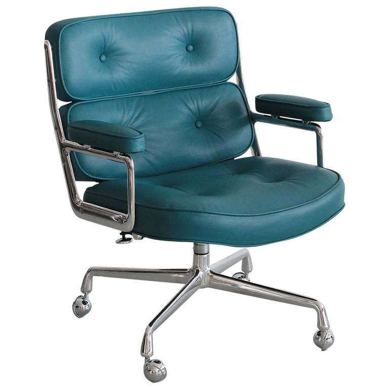 Eames Time Life Chair For Sale at 1stdibs