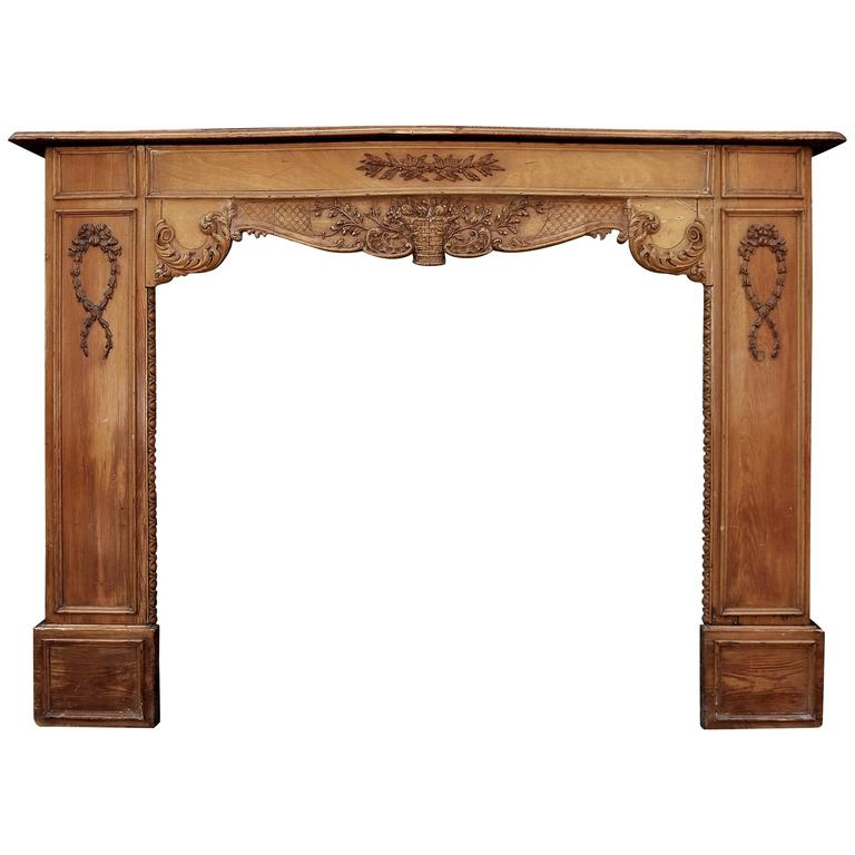 Late 19th-Early 20th Century English Carved Wood Fireplace