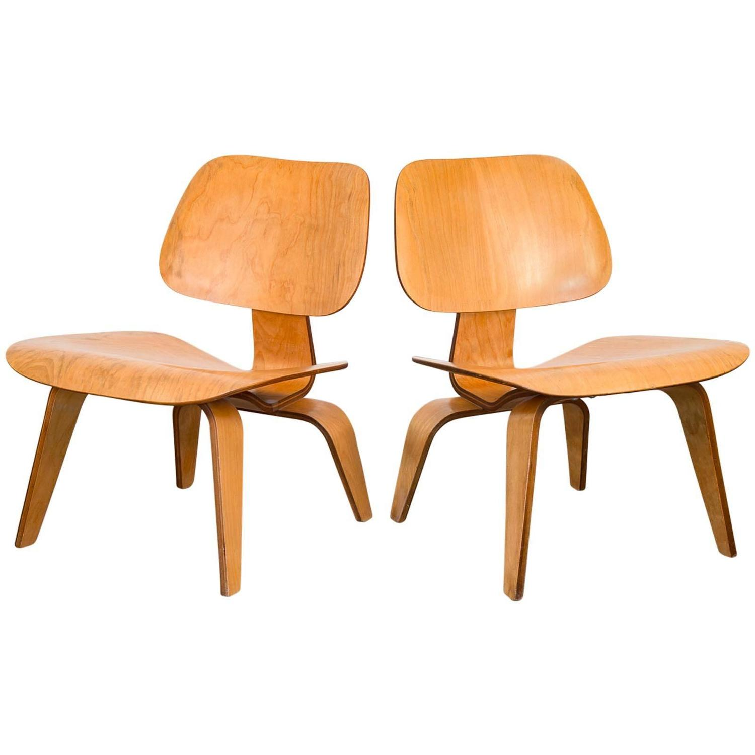 eames lcw lounge chairs for herman miller at 1stdibs