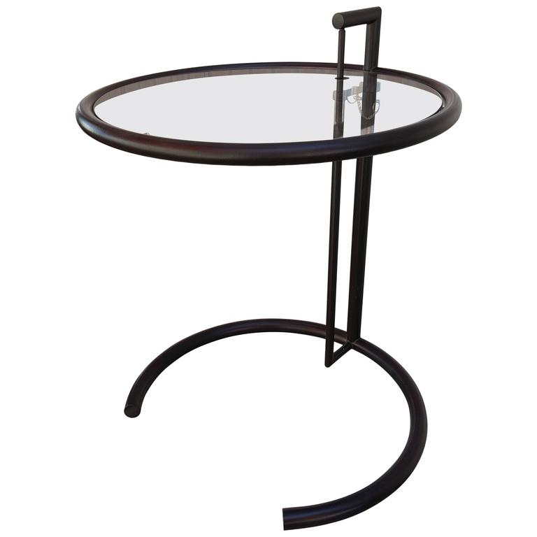 eileen gray black steel adjustable end table for sale at 1stdibs. Black Bedroom Furniture Sets. Home Design Ideas
