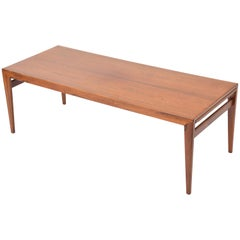 Extendable Danish Mid-Century Modern coffee table by Johannes Andersen