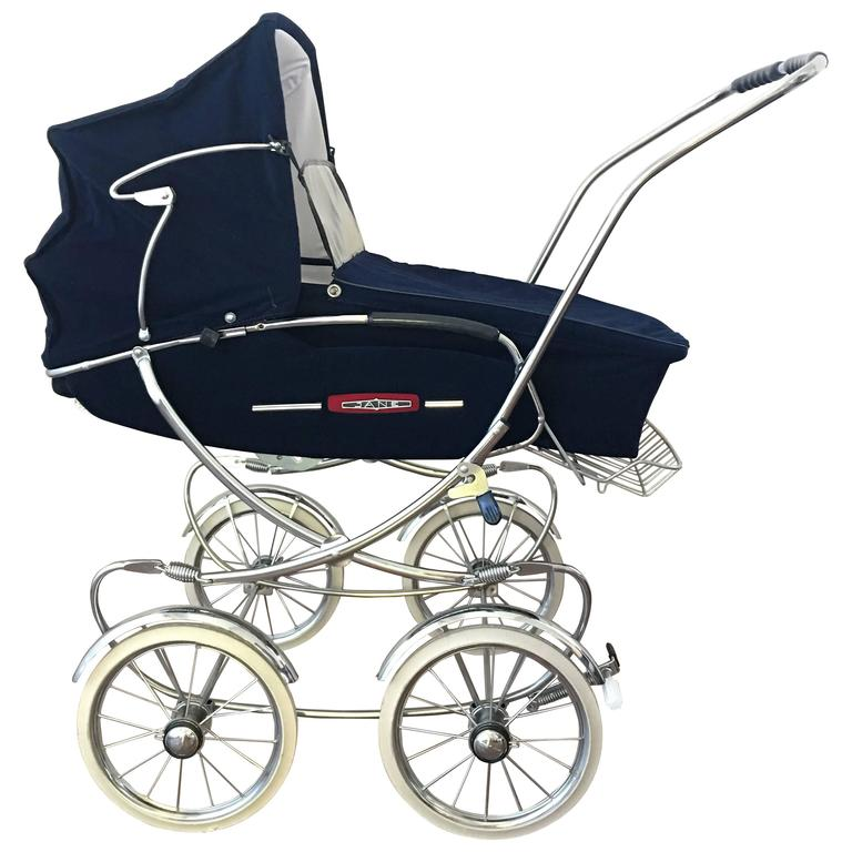 20th century fancy convertible baby carriage baby stroller for sale at 1stdibs. Black Bedroom Furniture Sets. Home Design Ideas