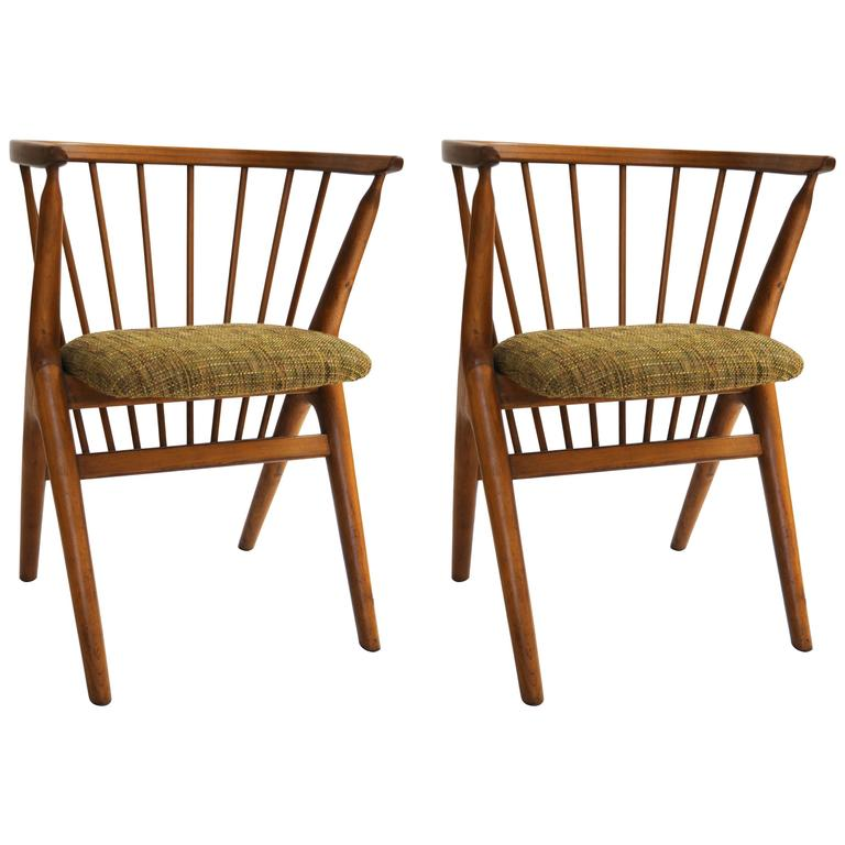 Pair of Danish Child Chairs in Wood with Upholstered Seat by George Tanier 1940s