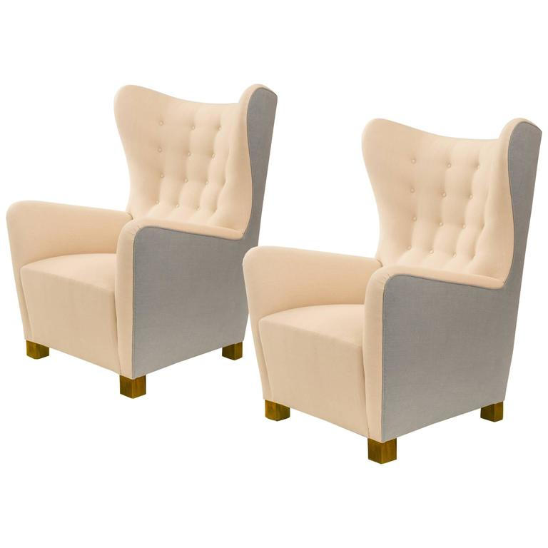 Fritz hansen pair of very comfortable danish wingback for Comfortable wingback chair