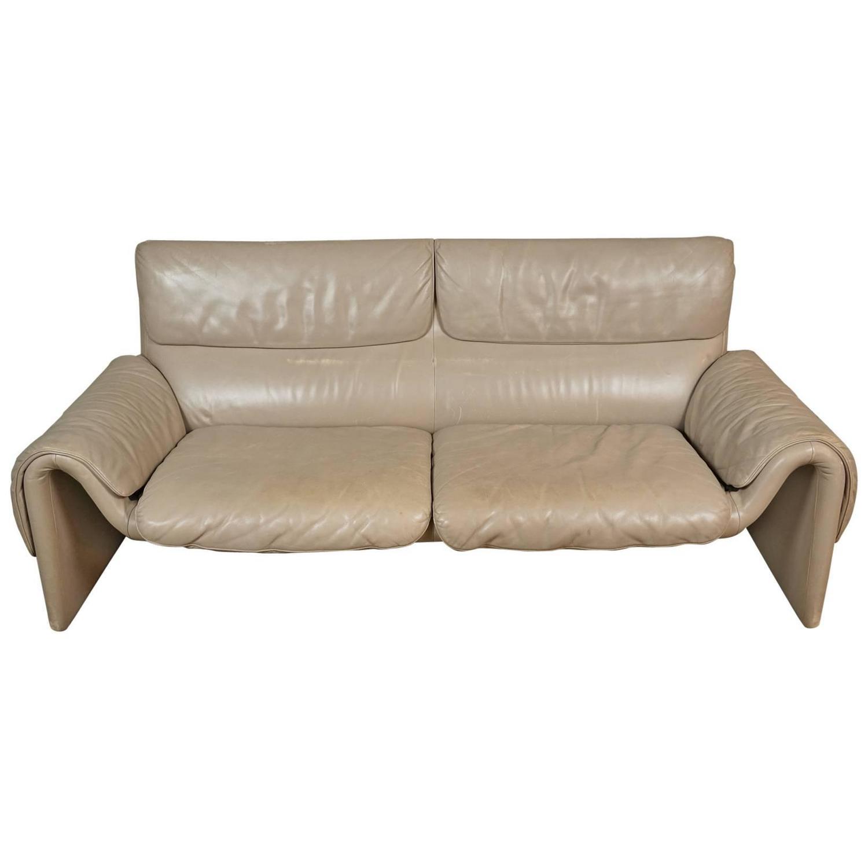 de sede sofa model ds 2011 at 1stdibs. Black Bedroom Furniture Sets. Home Design Ideas