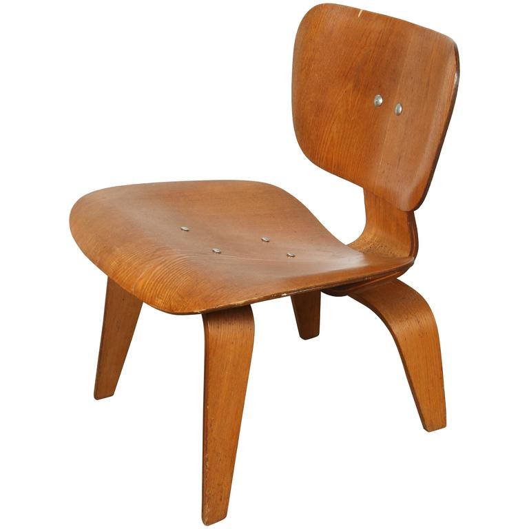 early charles eames bentwood lounge chair wood lcw for