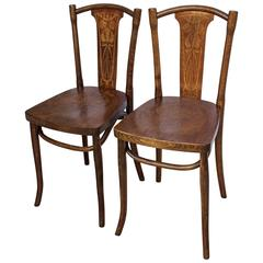 19th Century Pair of Thonet Bentwood Bistro Chairs