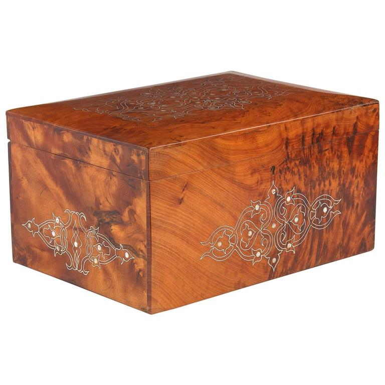 French Charles X Marquetry Jewelry Box, 1820s 1