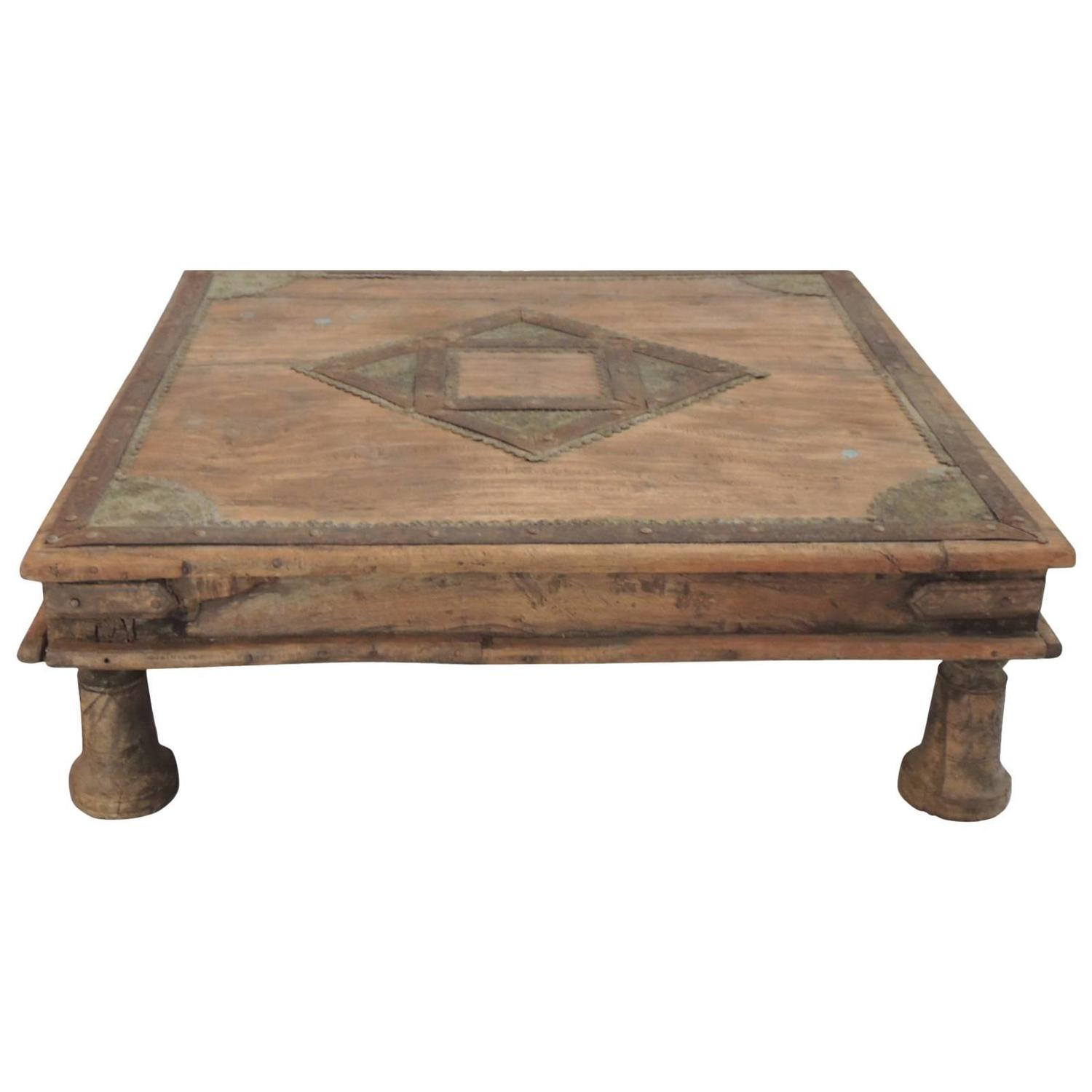 Indian low coffee table at 1stdibs for Low end table