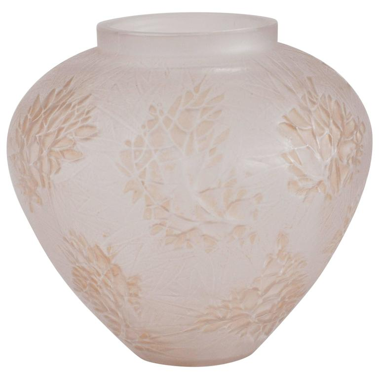 Lalique Esterel Vase For Sale