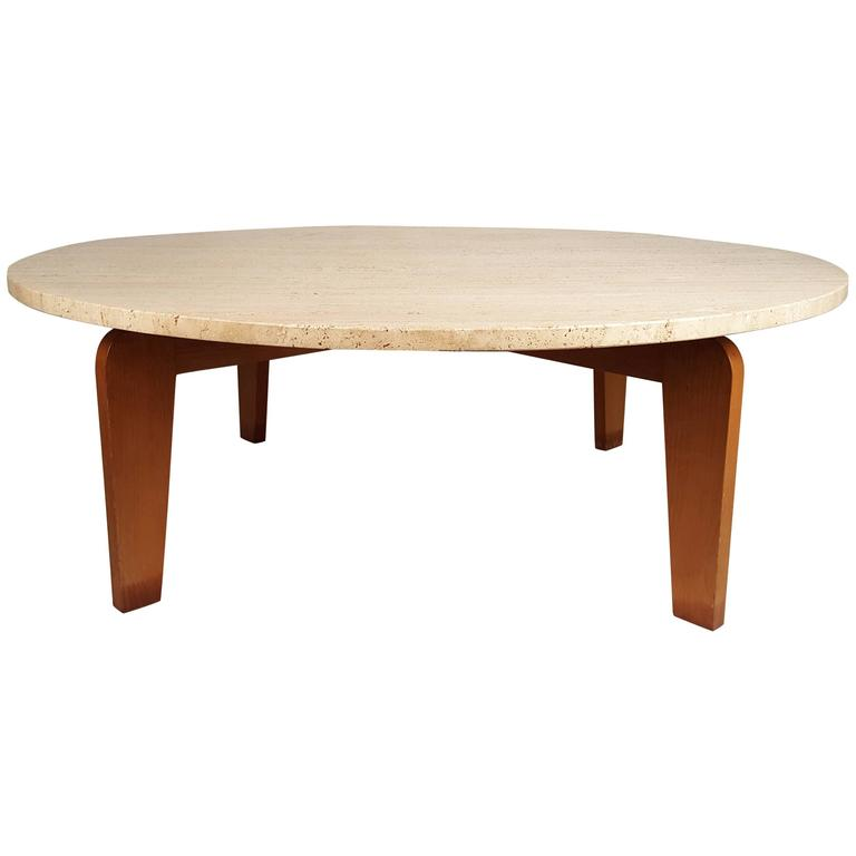 Coffee table in the manner of jean prouve at 1stdibs for Table quiz hannover