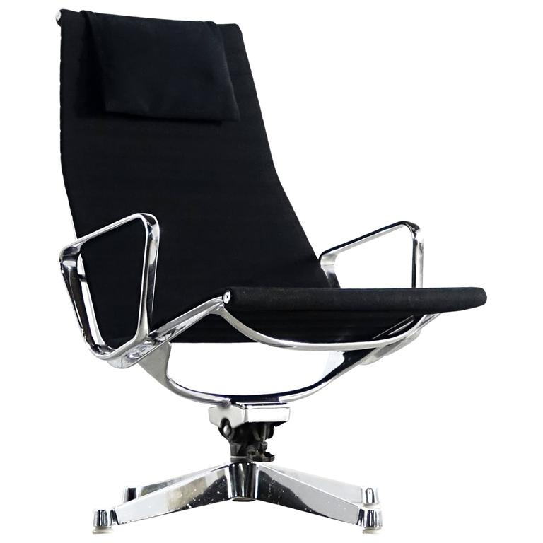 Aluminium Group Lounge Chair Ea 124 Herman Miller Charles And Ray