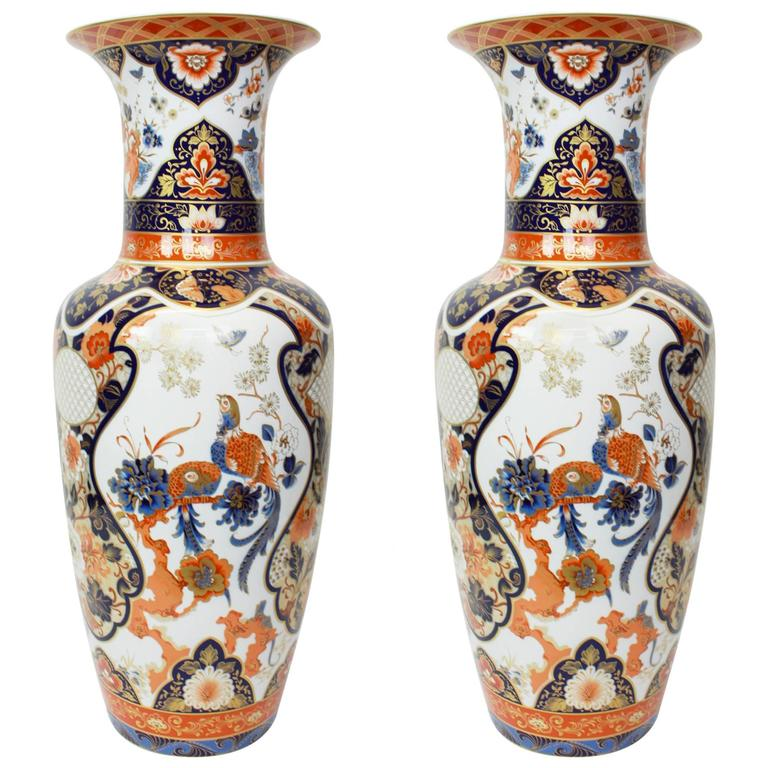 Pair Of Huge Yokohama Porcelain Vases Design Fllman Ak Kaiser
