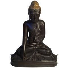 Elegant and Fine 19th Century Mandalay Gilt Patinated Bronze Seated Buddha