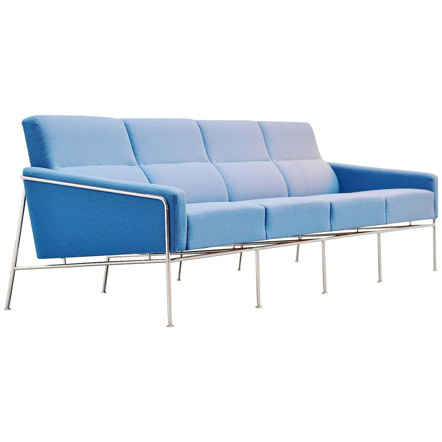 Mayor Sofa By Arne Jacobsen Hausidee