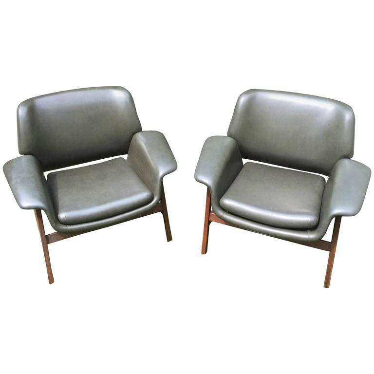 Set of Two Armchairs by Frattini for Cassina