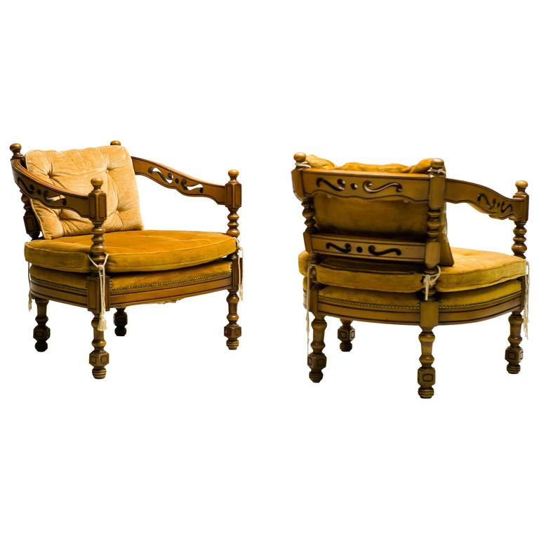 Pair of Giorgetti Armchairs of the 1975 Gallery Collection 1