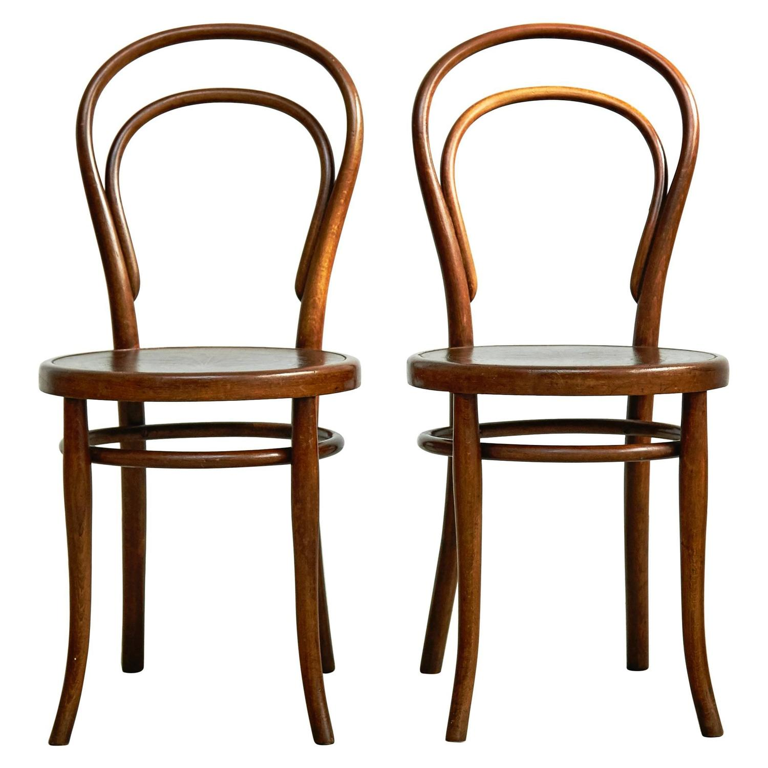 pair of chairs by august thonet for thonet circa 1900 for sale at 1stdibs. Black Bedroom Furniture Sets. Home Design Ideas