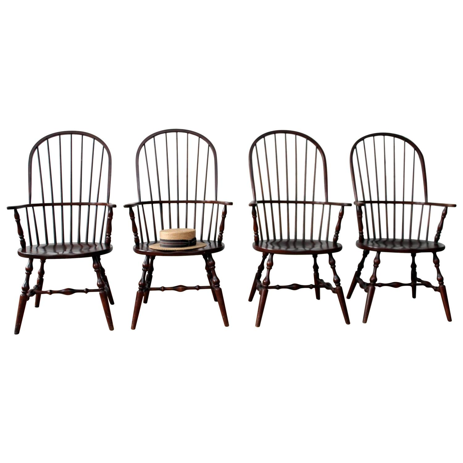 Habersham Sack Back Windsor Chairs at 1stdibs