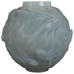 Rene Lalique Opalescent Vase Formose