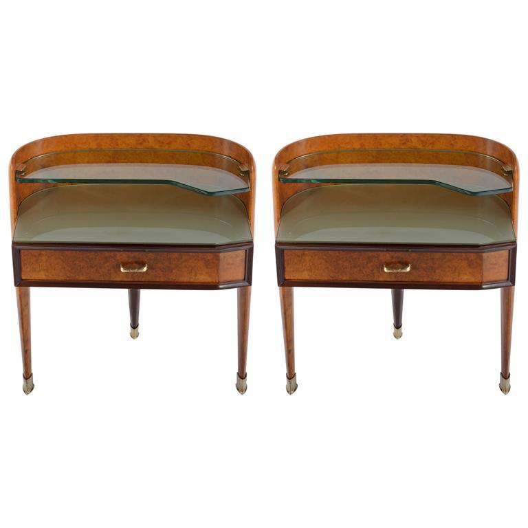 Pair of Curved, Three Legs Italian 1950s Walnut Burl Nightstand by Dassi Milano