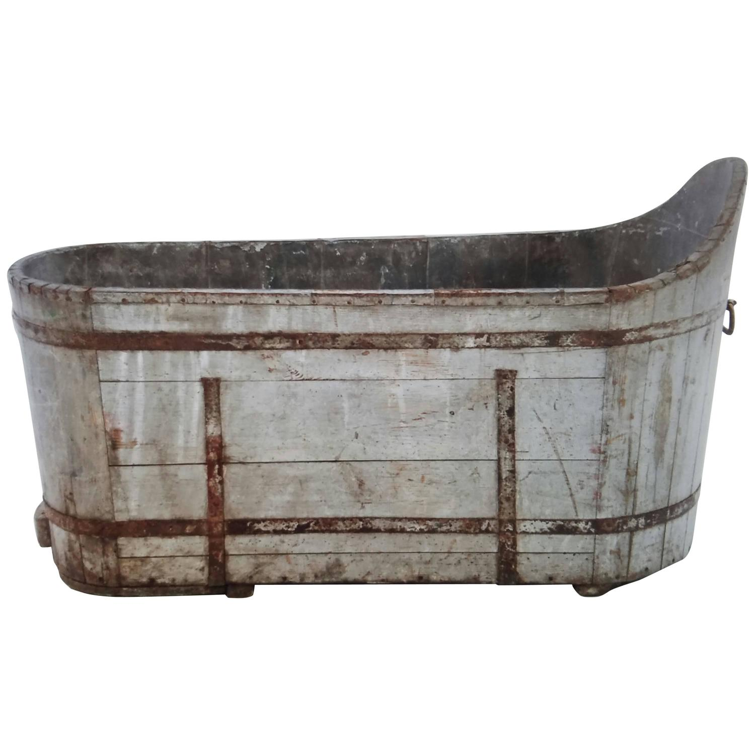 antique french wood plank tub with metal strap as planter for sale at 1stdibs. Black Bedroom Furniture Sets. Home Design Ideas