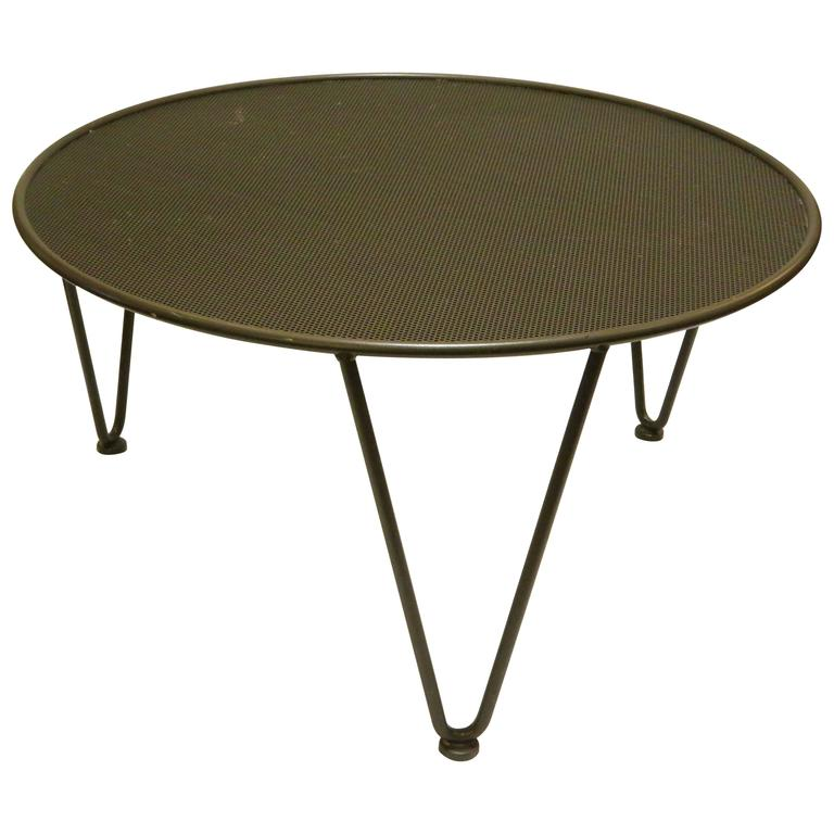 American Mid Century Modern Atomic Age Small Patio Round Coffee Table At 1stdibs