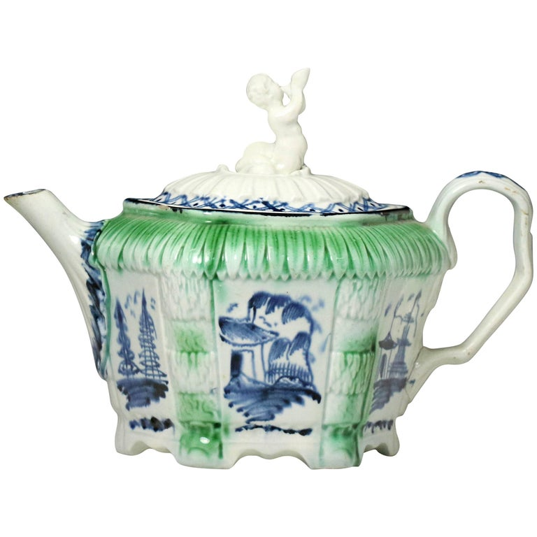 Antique English Pottery Pearlware Teapot, Late 18th Century For Sale