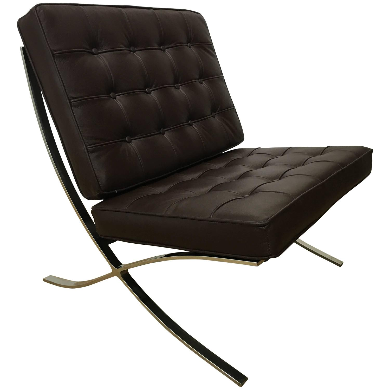 Handsome Brown Leather Barcelona Lounge Chair For Sale at 1stdibs
